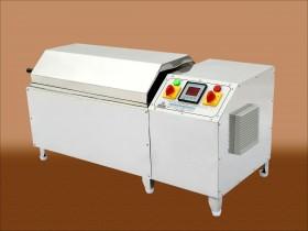 Launder-O-Meter (Washing Fastness Tester)
